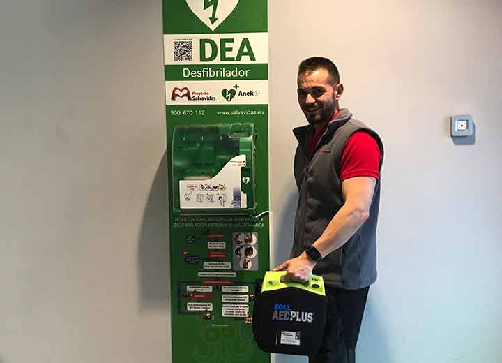 Our technical operator in charge of carrying out maintenance of defibrillators